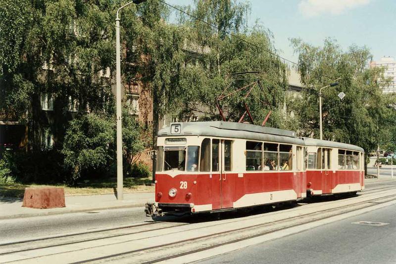 T57-Zug in der Bahnhofstraße
