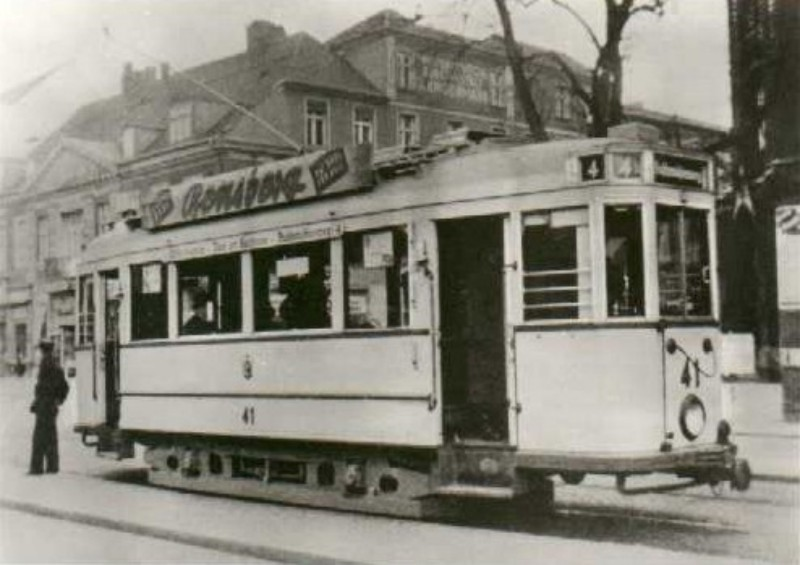 Als Linie 4 am Wilhelmsplatz 1938