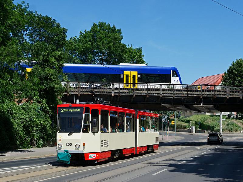 Regionalbahn trifft Straßenbahn