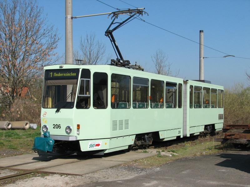 KT4DM 206 in hellgrün