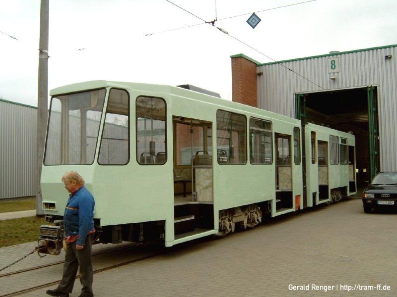 Wagen 210 in hellgrün