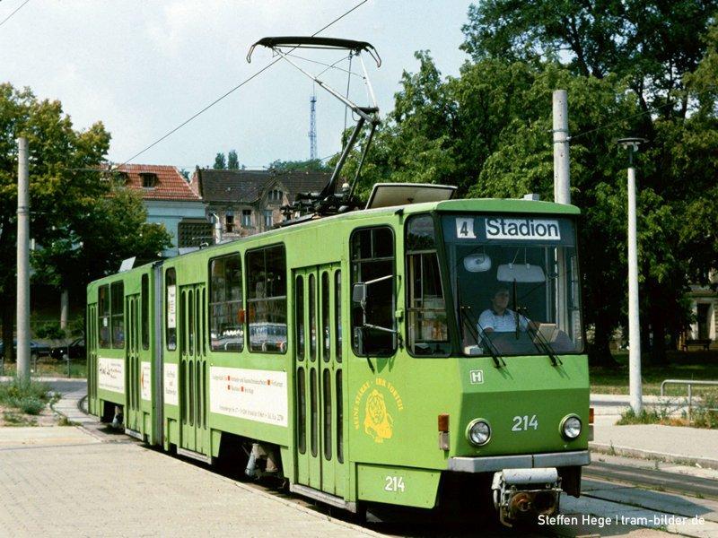 KT4D 214 ganz in grün