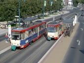 Tw 215 und 208 an der Haltestelle Zentrum