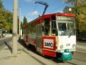 KT4DM-Tw 228 am Bahnhof